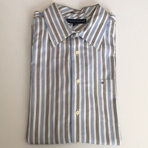 NWT Tommy Hilfiger Button Down Long Sleeves